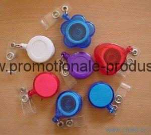 Clipsuri retractabile personalizate