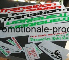 etichete autocolante personalizate