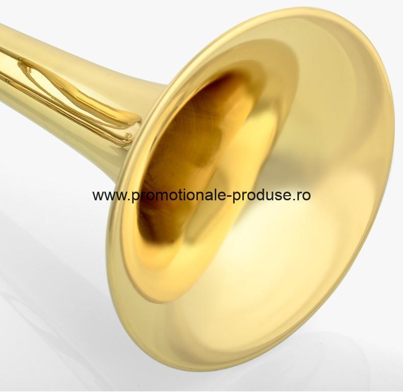 Trompete metal branduite