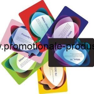 Card plastic personalizat